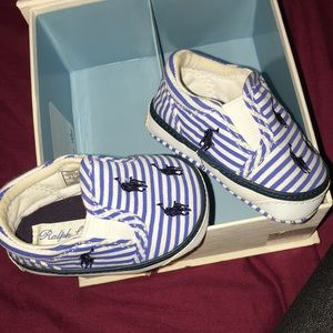 Size 0 ( birth to 6 weeks ) Polo Sneakers
